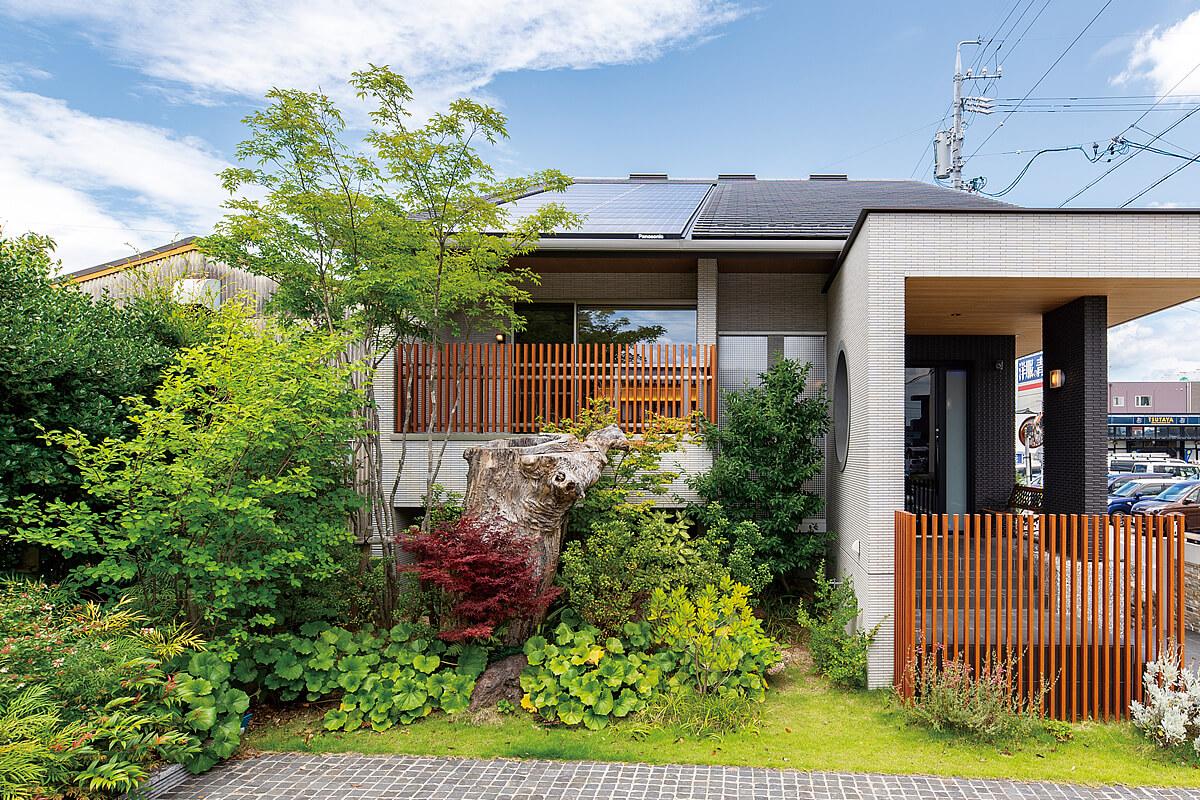 三河の家|木の香り漂う贅沢なくつろぎの注文住宅|安水建設