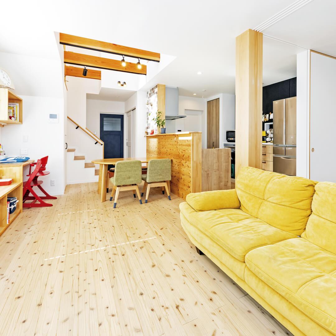 肌触りの良い◯◯の床の家