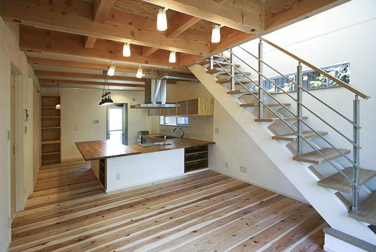 現代感覚と和の味 io(イーオ) 家族が心地よく暮らせる私サイズの家 安水建設