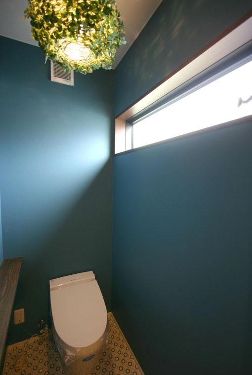 バイクガレージのある木の家|io(イーオ)|家族が心地よく暮らせる私サイズの家|安水建設