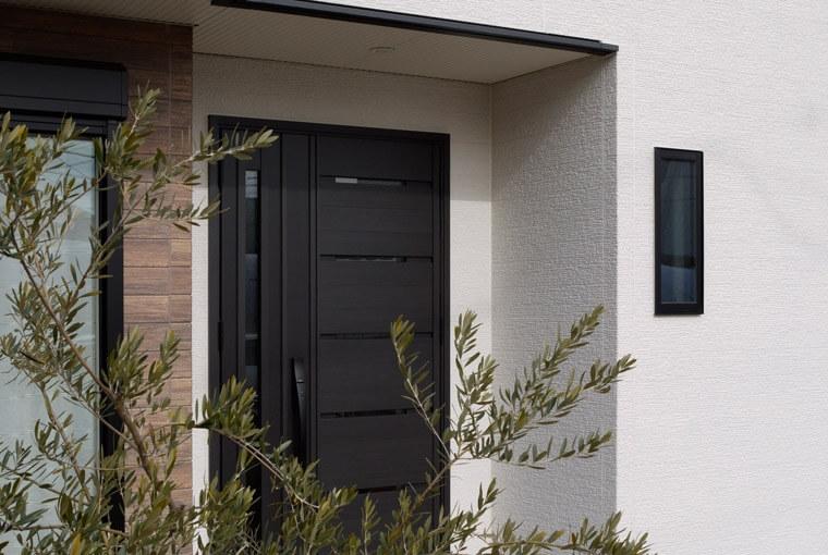 エースホーム|デザインと性能を兼ね備えた規格型住宅|安水建設やわらかな光がそそぐ吹き抜けのある家