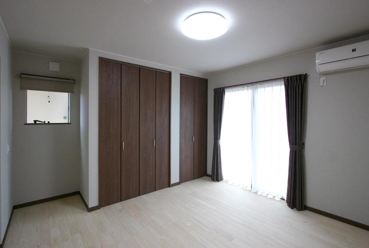 無垢一枚板カウンターのある和邸|エースホーム|デザインと性能を兼ね備えた規格型住宅|安水建設