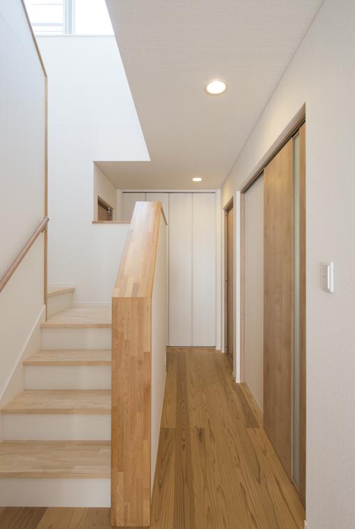 ゆるやかなNaturalBox|io(イーオ)|家族が心地よく暮らせる私サイズの家|安水建設