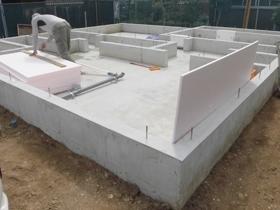 非公開: クールモダンなZEH住宅(建築中) 基礎工事