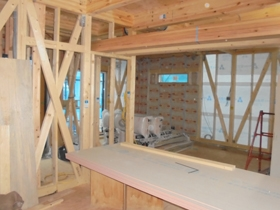 非公開: やわらかな光がそそぐ吹き抜けのある家(建築中) 木工事
