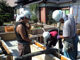 非公開: 大屋根が印象的な小川の家(建築中) 基礎工事