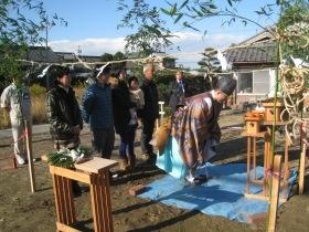 非公開: 自然素材のぬくもりが心地いい家(建築中) 地鎮祭