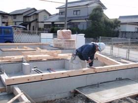 非公開: 自然素材のぬくもりが心地いい家(建築中) 木工事