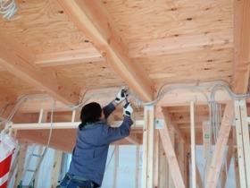 非公開: 自然素材のぬくもりが心地いい家(建築中) 電気設備工事