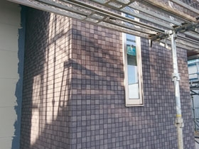 非公開: 華房の家~はなやかな暮らし、はなやかな住まい~(建築中) 外壁工事