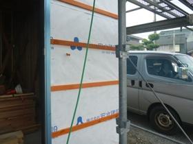 非公開: バイクガレージのある木の家(建築中) 外壁工事