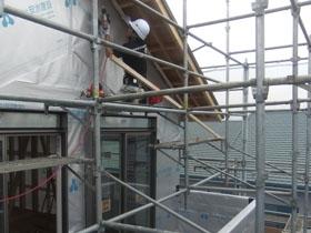 非公開: 二世帯で暮らすモダンインテリアの家(建築中) 外壁工事