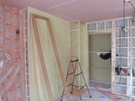 非公開: 暮らしを愉しむ自然素材の平屋建て(建築中) 木工事