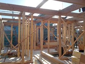 非公開: 暮らしを愉しむ自然素材の平屋建て(建築中) 上棟の様子