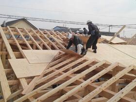 非公開: 家族が繋がる木の平屋建て(只今建築中) 上棟の様子