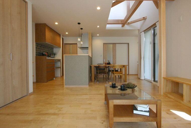 家族が繋がる木の平屋建て|三河の家|木の香り漂う贅沢なくつろぎの注文住宅|安水建設暮らしを愉しむ自然素材の平屋建て