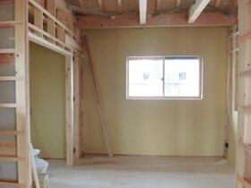 非公開: 木に包まれて暮らす二世帯平屋建て(只今建築中) 木工事