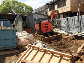 光と風と家族と暮らす木の家 解体工事