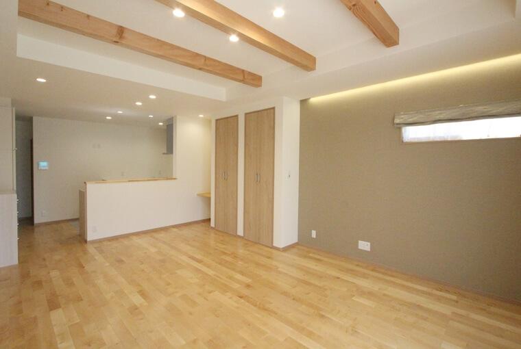 施工事例|安水建設|愛知県三河エリアの木造注文住宅・リフォーム木に包まれて暮らす二世帯平屋建て