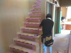 3世代で暮らす本格和風住宅 階段造作