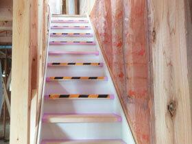 白山の家 階段造作