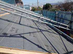 ナチュラルカントリーの家 屋根防水工事